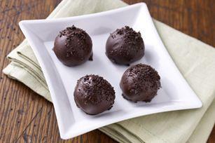 Easy OREO Truffles recipe (aka Oreo Balls)