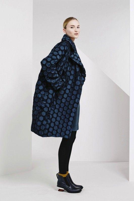 Issey Miyake Pre-Fall 2015  (6)  - Shows - Fashion
