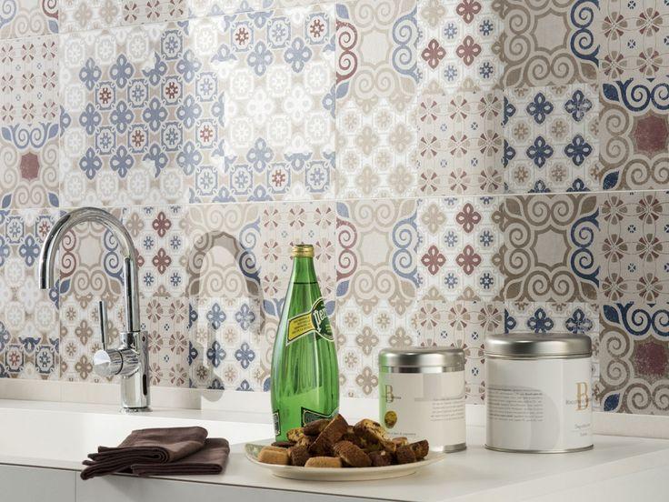 Made zdobené kuchyňské obklady / wall tiling in kitchen