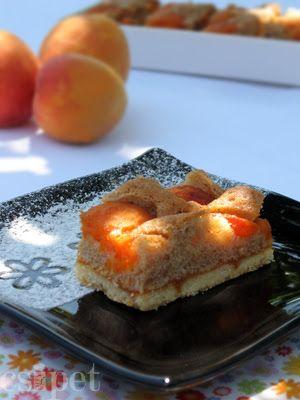 egycsipet: Sárgabarackos-fahéjas pite