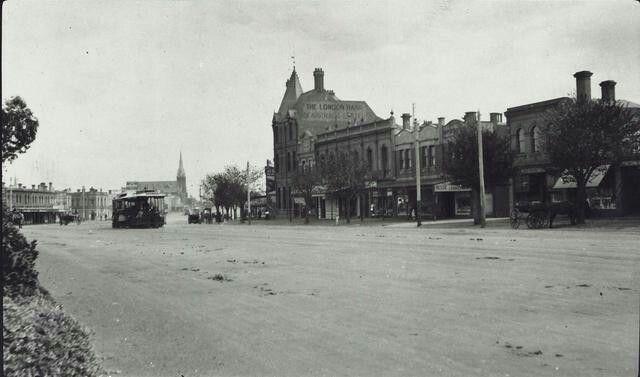 Queen's Parade Clifton Hill