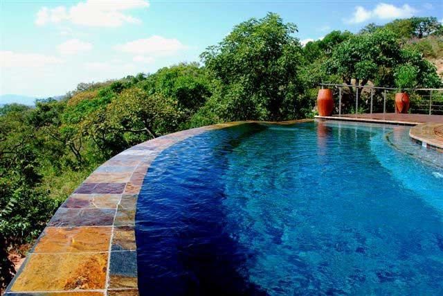 #Slate #Tiles Autumn Harvest #Infinity #Pool #UnionTiles www.uniontiles.co.za