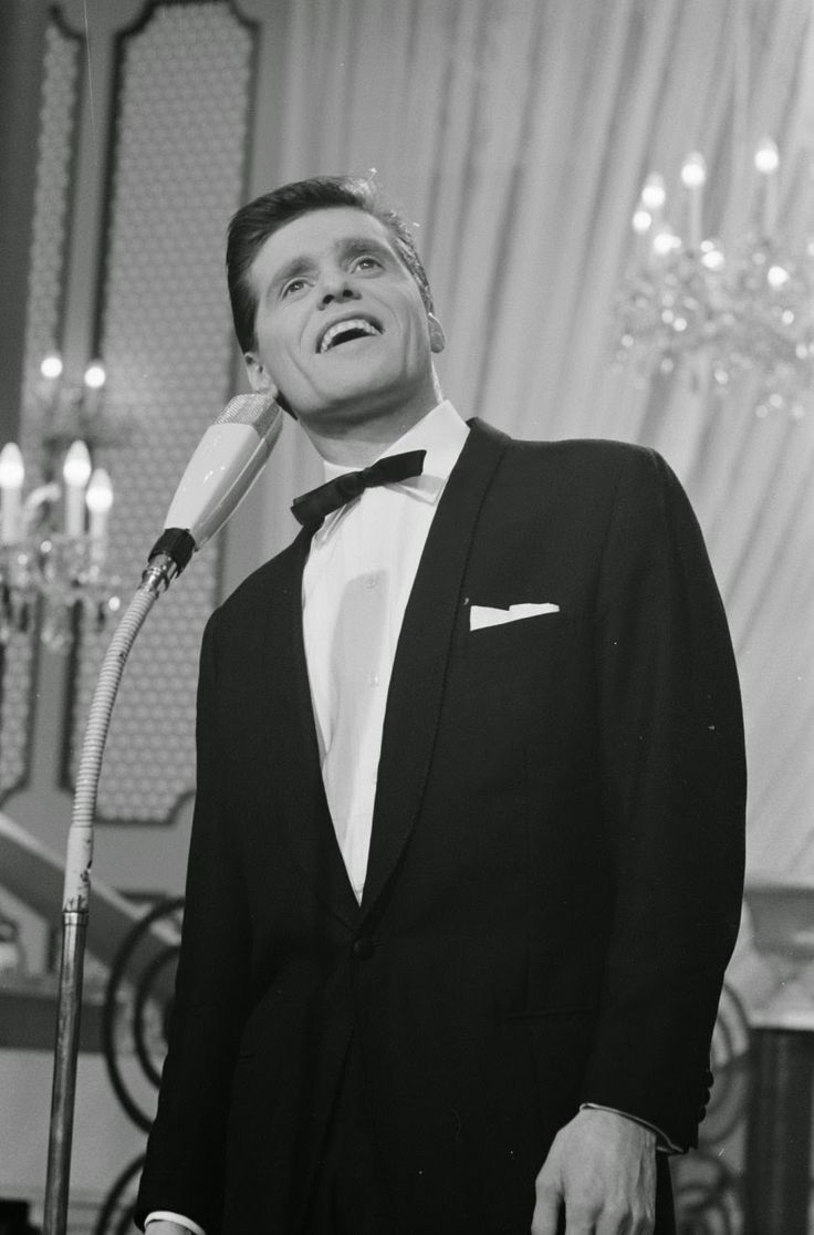 Ronnie Carroll at the 1962 Eurovision Song Contest