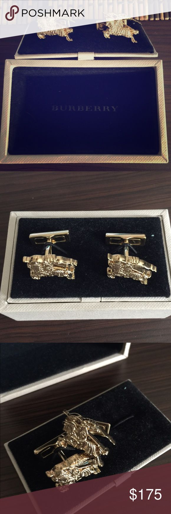 Gold Burberry Men's Equestrian Knight Cuff Links🐎 Brand new Burberry cufflinks. One owner. Worn once. Burberry Accessories Cuff Links