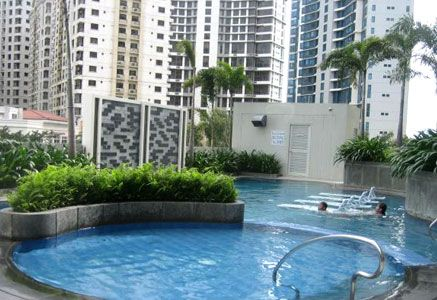 Fort Residences - Swimming Pool #manilacondo #condoforsale #realestate www.mymanilacondo.com/