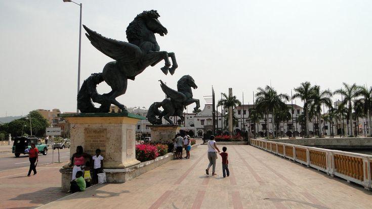 Muelle de los Pegasos. Cartagena de Indias - Centro histórico