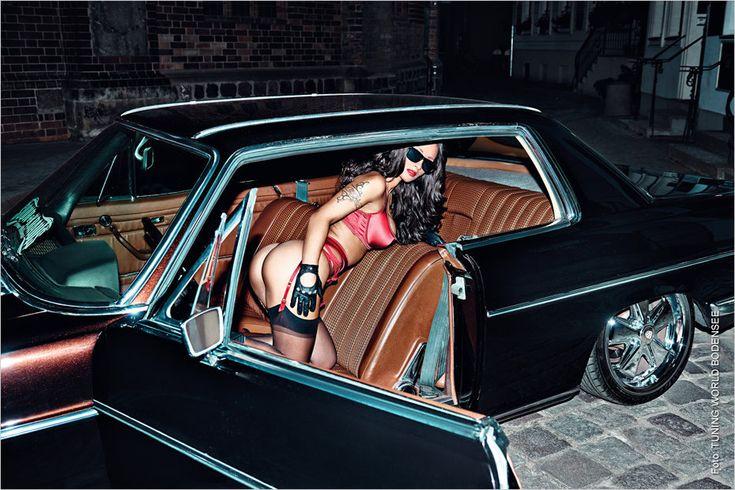 Mit dem Mercedes W114 Coupé stand hier ein Ausflug ins Nikolaiviertel auf dem Programm. Das ist quasi die Altstadt Berlins, in die der Sternenkreuzer bestens passt