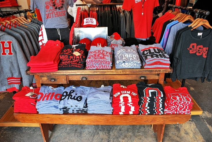 27 Best Images About T Shirt Displays On Pinterest Cube