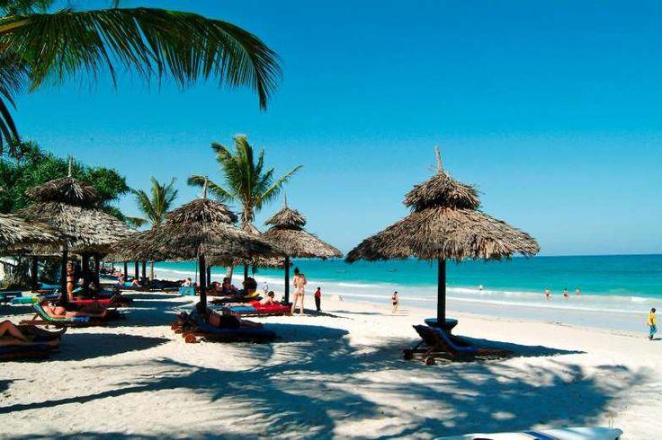 A belíssima Diani Beach é a praia mais famosa do Quênia e possui ótima estrutura. Ideal para recarre... - Fornecido por Guia da Semana