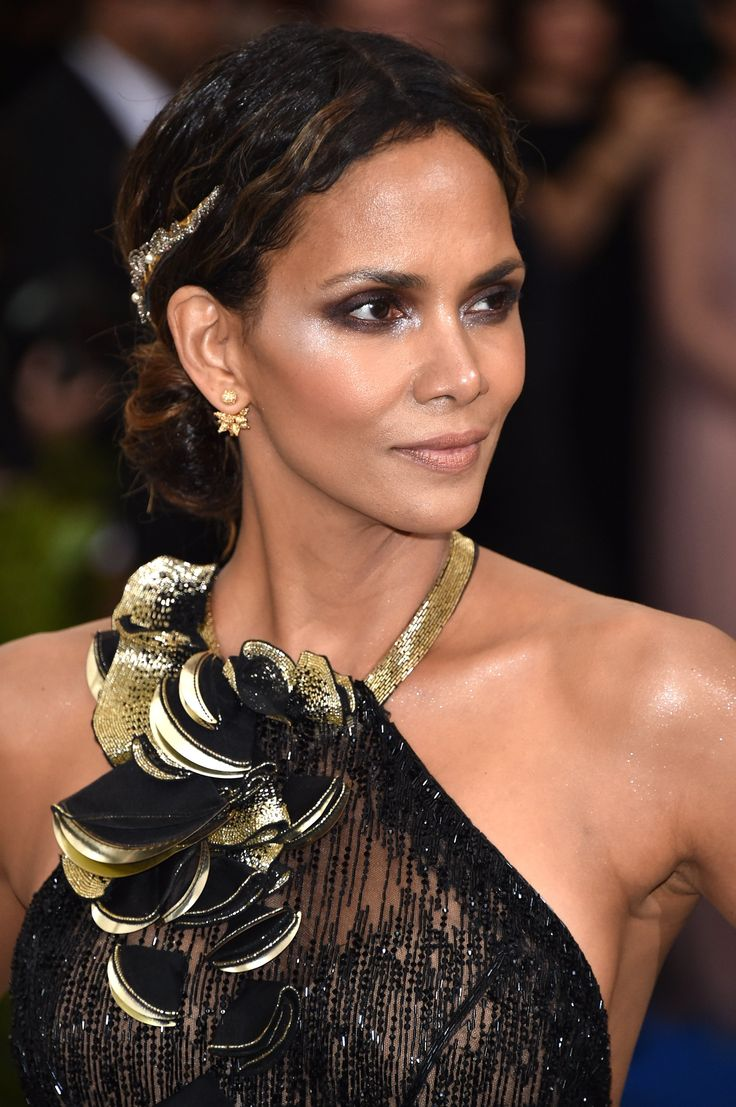 Halle Berry's Met Gala Hairstyle Looks Like a Standard Updo — Until You See It From the Back