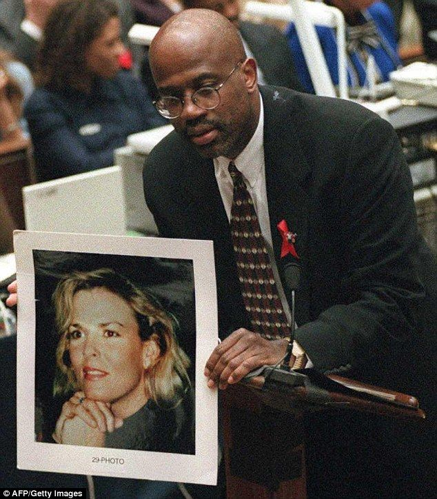 Claims: The lawyer, who was a prosecutor for the LA District Attorney's office on the OJ Simpson case (above in court), said Smith is obsessed with the murder trial