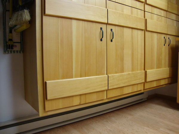 71 Beautiful How To Install Kitchen Cabinets Over Baseboard