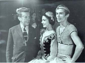 Frederick Ashton with Margot Fonteyn and Rudolf Nureyev, 1962. Photo: Associated Newspapers, The Royal Ballet School Collections, White Lodge Museum.