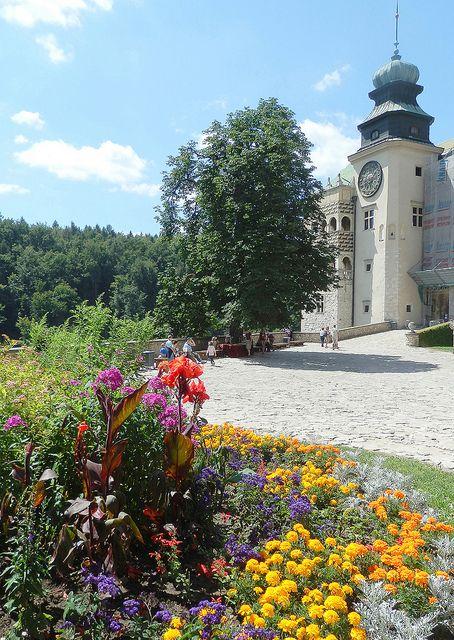 Pieskowa Skala Castle, Poland