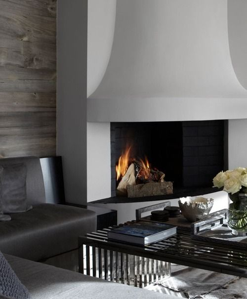 I Just Love This Modern Fireplace It S So Seek And Pretty And Really Makes A Statement In This Living Room Plus Tha Home Summer Home Decor Fireplace Design
