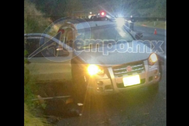 Las víctimas circulaban en una camioneta Fiat tipo Strad de color gris, con placas del Estado de México, cuando fueron interceptados por sujetos arados a la altura del municipio de ...