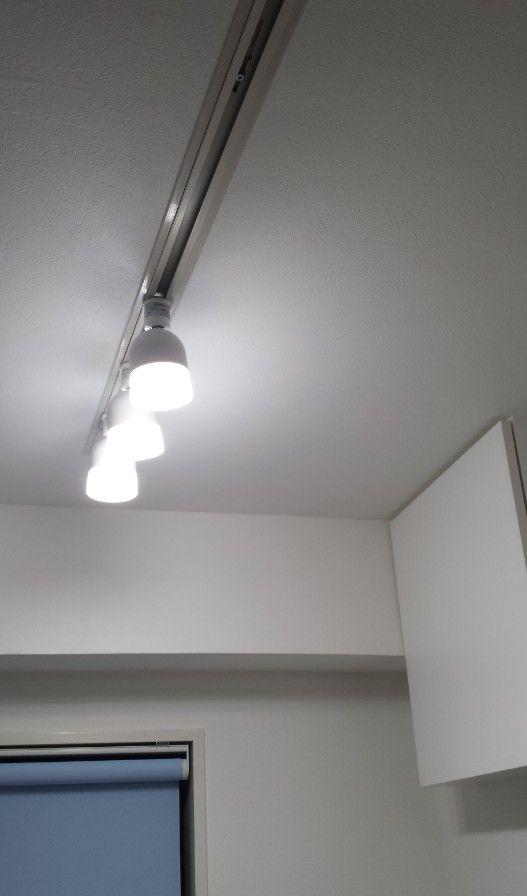 (104)ライティングレール(ダクトレール)の取り付け工事施工例と費用@4階二重天井 – RC4tani/中古ビルのフルリノベーション(地下室付きRC造4階建て)
