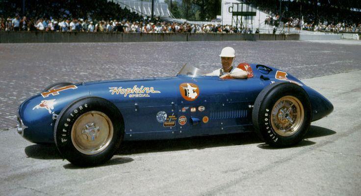 Bill Vukovich aux 500 Miles d'Indianapolis 1955