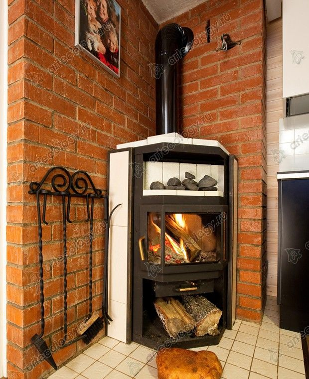 Интерьер Кораблика, камин - Tiny house interior fireplace