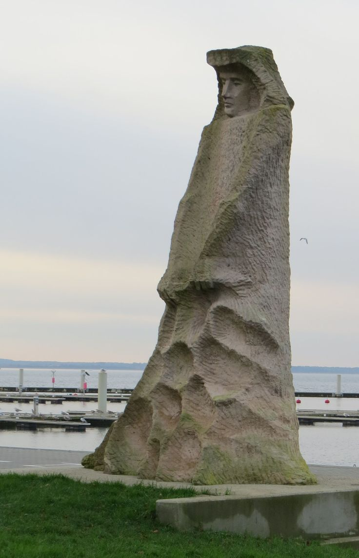 socialrealistic monument of fisherman