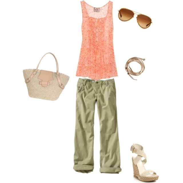 Typical summer outfit - switch to flipflops for all-day flea marketing or