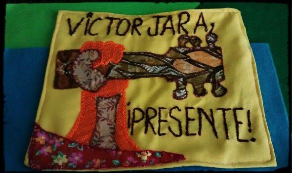 Arpillera victor jara