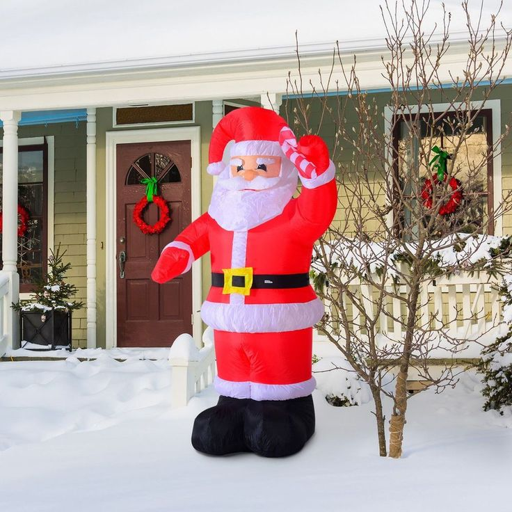 Santa Claus Lawn Decorations: 25+ Unique Inflatable Christmas Decorations Ideas On