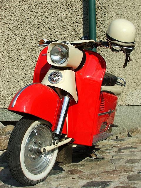 Vintage Motor Scooter by laborpadde, via Flickr