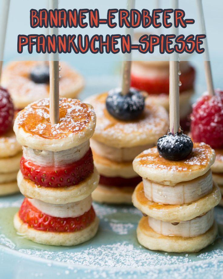 Diese Bananen-Erdbeer-Pfannkuchen-Spieße sind perfekt zum Frühstück, Dessert, als Nachmittagssnack und überhaupt immer