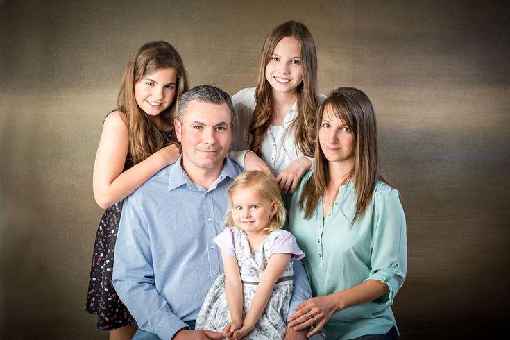 Boros Heni és családja.