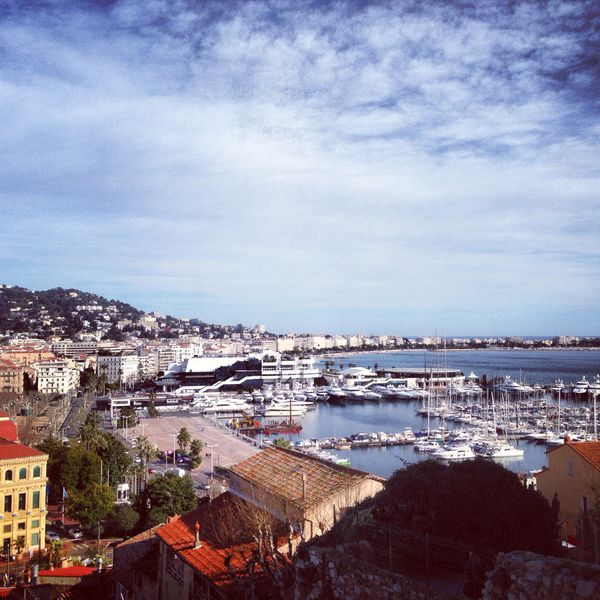 12 WAYS TO ENJOY THE FRENCH RIVIERA COLLECTED BY: BRYAN KITCHAFAR Staff It's one of the world's top tourist destinations for a reason. The French Riviera is a gorgeous strip of coastline, where the characteristically azure blue waters gently lap the sands of beautiful beaches packed with beautiful people. It's also home to one of the most prestigious film festivals in the world—this year's Cannes Film Festival (Festival de Cannes) is set for May 15-26.