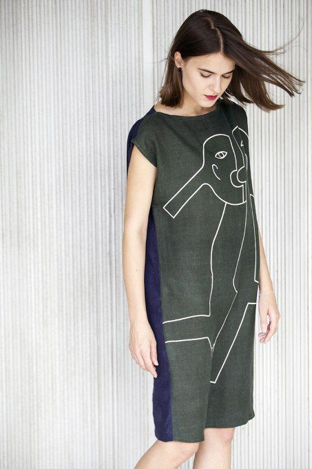 Oba Dress by Jain&Kriz. Print and pattern. Bold graphic art fashion. Cool and comfortable. 100% linen.