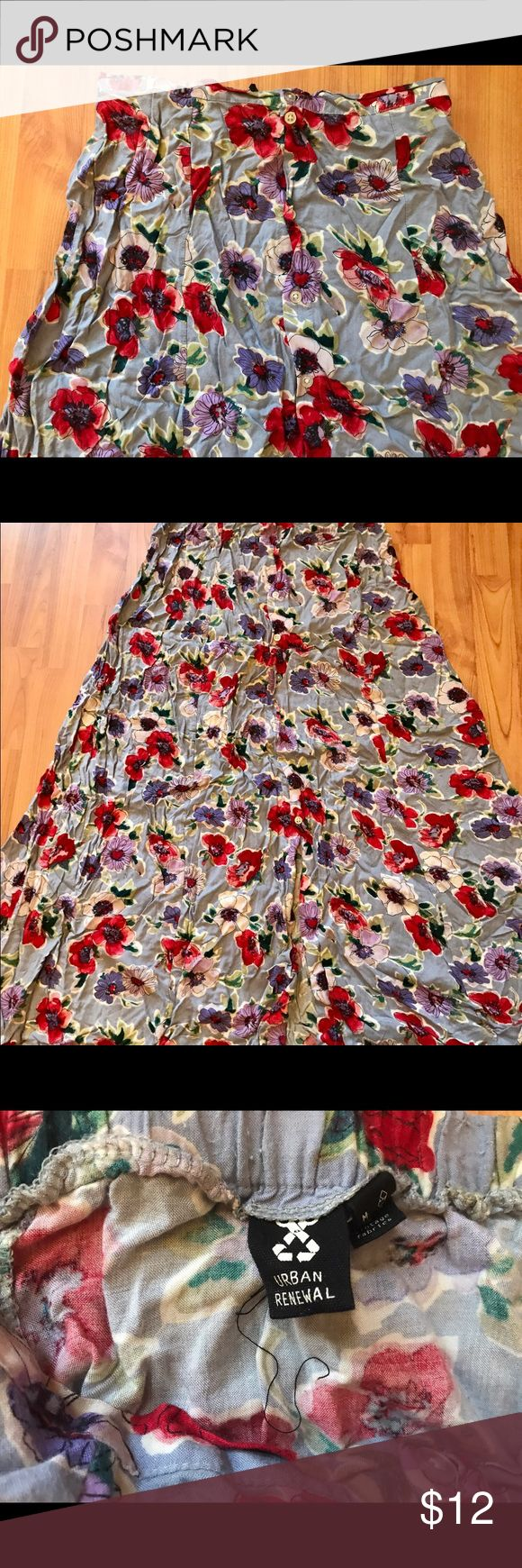 Urban Outfitters/Urban Renewal Maxi Maxi Skirt // USA Made with vintage fabrics -- EUC *i do not own an iron, sorry for the wrinkles* Urban Outfitters Skirts Maxi