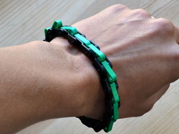 Instructions How to Make a Chain Bracelet Using K'NEX Parts #KNEX