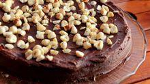 Glutenfri sjokoladekake med hasselnøtter
