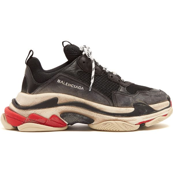 Balenciaga Triple S low-top trainers (£600) ❤ liked on Polyvore featuring men's fashion, men's shoes, men's sneakers, shoes, sneakers, black multi, mens black sneakers, balenciaga mens shoes, mens low profile shoes and balenciaga mens sneakers