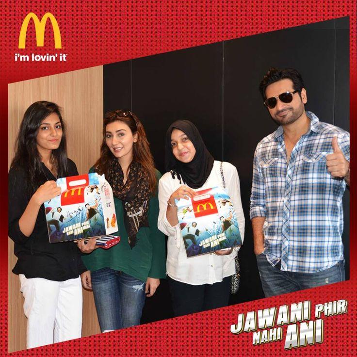 Wasiq1's Karachi blog : the stars of Jawani Phir Nahi Ani at sea view driv...