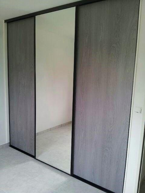 1000 id es sur le th me portes coulissantes de placard sur for Portes coulissantes pour dressing sur mesure