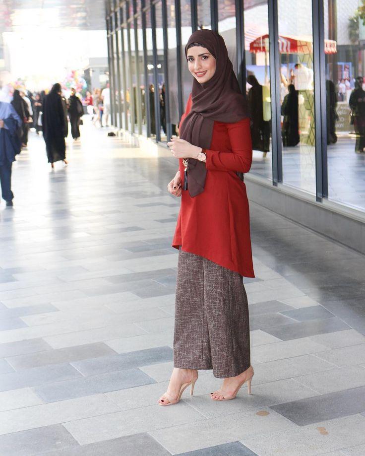 """1,120 Likes, 31 Comments - A M I N A (@jadoreamina) on Instagram: """"Jumaa mubaraka   Dress from @hazanahstore  Photo by @baladi.photography"""""""