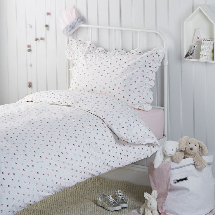 Cherry Bed Linen | Children's Bed Linen | Childrens' Bedroom | The Little White Company | The White Company UK