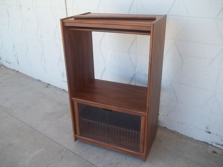 Small media cabinet/miIcrowave stand 11030