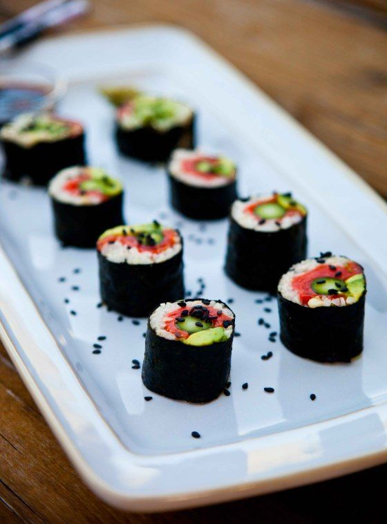 Rice-less Salmon Asparagus Sushi Rolls