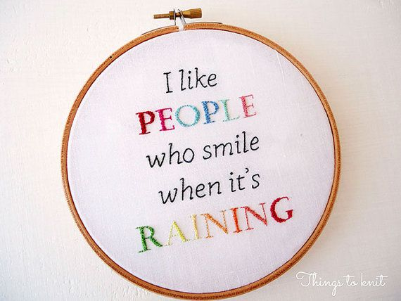 Embroidery pattern I like people who smile by thingstoknitshop, €3.20