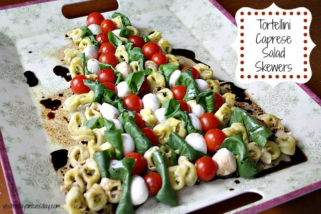 Tortellini Caprese Salad Skewers with @Barilla Tortellini: FUN and FESTIVE holiday appetizer! #appetizer #christmasfood