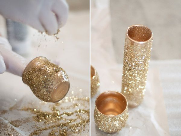 Glitter Glam DIY centerpieces with old cheap vases, spray paint, spray adhesive and Glitter! love it