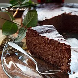 Sernik czekoladowy z nutą cynamonu | Kwestia Smaku