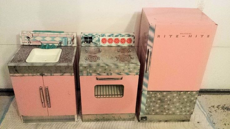 Childs Vintage Small Toy Kitchen Sink