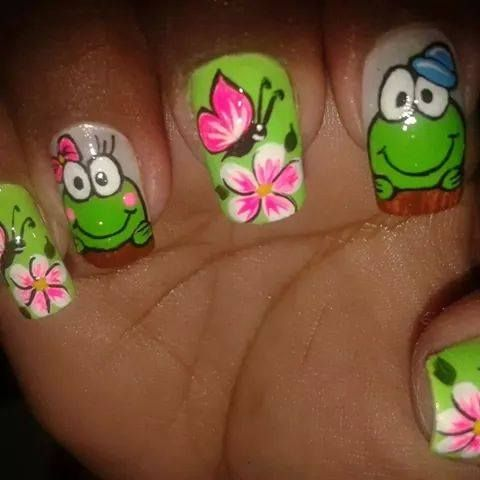 Frog nail art design | animal nails