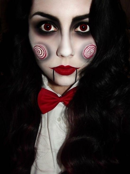 idée pour un maquillage d`Halloween avec un ruban rouge et rouge à lèvres