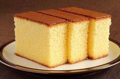 Вкусный, мягкий, рассыпчатый и нежный пирог готов!